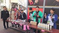 松之山中学生、大阪で商人体験