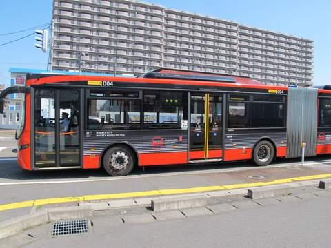 何かと話題の連節バスと新バスシステム