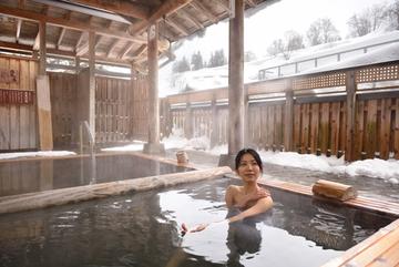 豪雪地帯のほっこり雪見風呂