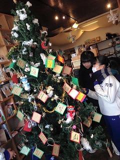 「本を贈る」という文化を創る店