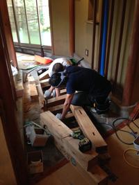 廊下床板修理