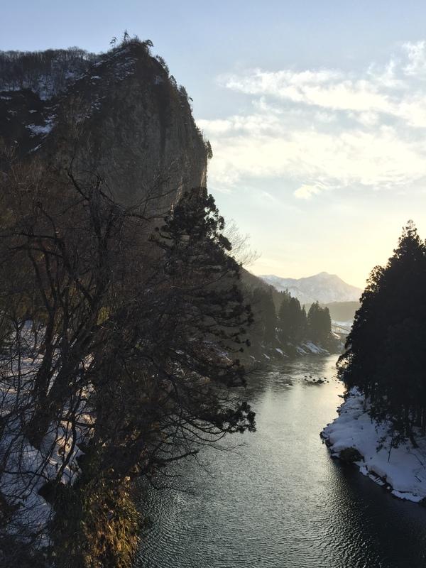 冬陽の八木ヶ鼻