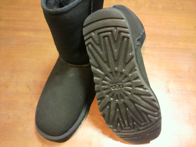 UGG Classicムートンブーツ×雪用六角柄シート